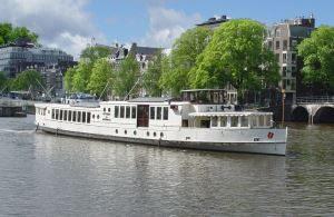 Tall Salon Boat - Wapen van Amsterdam