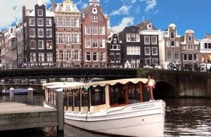 Salon Boat - Proost van Sint Jan - Amsterdam